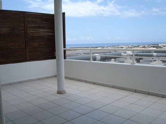 Location appartement Ste clotilde 898€ CC - Photo 4