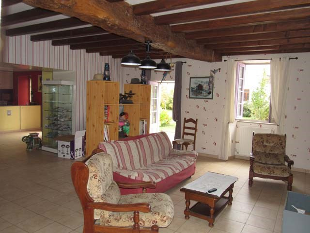 Vente maison / villa Matha 254 400€ - Photo 4