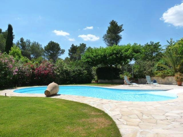 Deluxe sale house / villa Aix en provence 727000€ - Picture 2