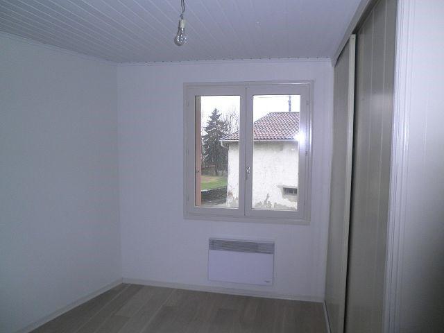 Vermietung haus Villefontaine 754€ +CH - Fotografie 5