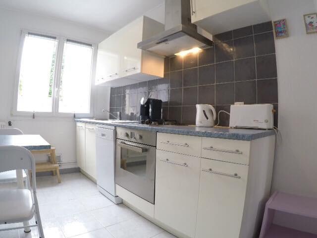 Sale apartment Quimper 107000€ - Picture 2