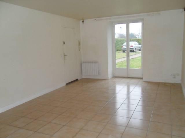 Location appartement Villers saint frambourg 661€ CC - Photo 1