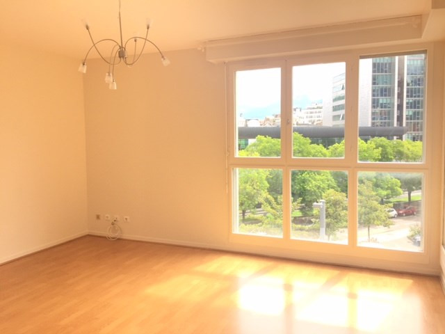 Location appartement Grenoble 560€ CC - Photo 2