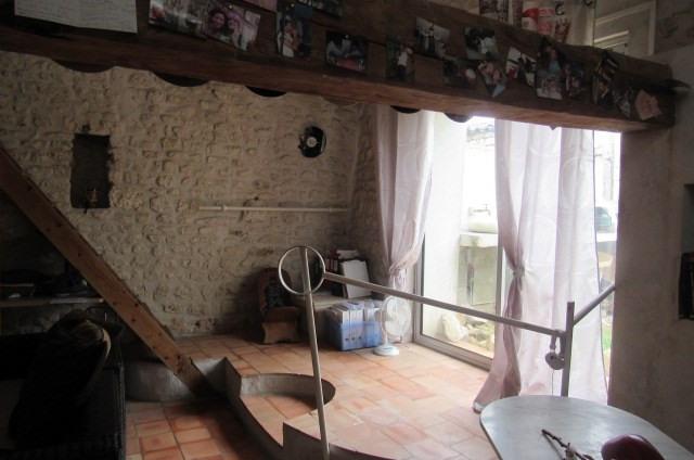 Sale house / villa Saint-sulpice-d'arnoult 212000€ - Picture 6