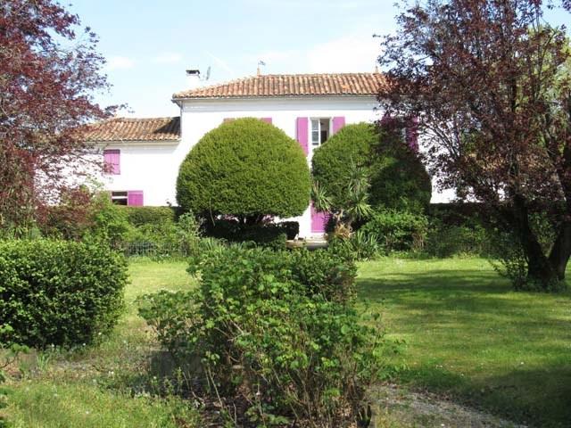 Vente maison / villa Villeneuve-la-comtesse 295400€ - Photo 1