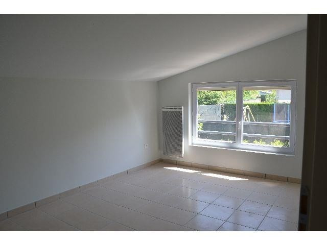 Location appartement Villefontaine 698€ CC - Photo 2