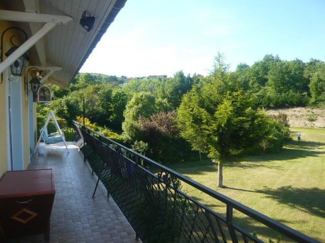 Sale house / villa Cellieu 312000€ - Picture 1