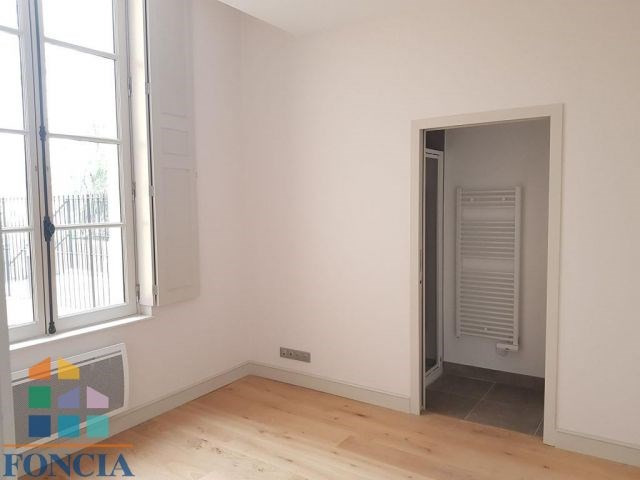 Location appartement Bergerac 530€ CC - Photo 5