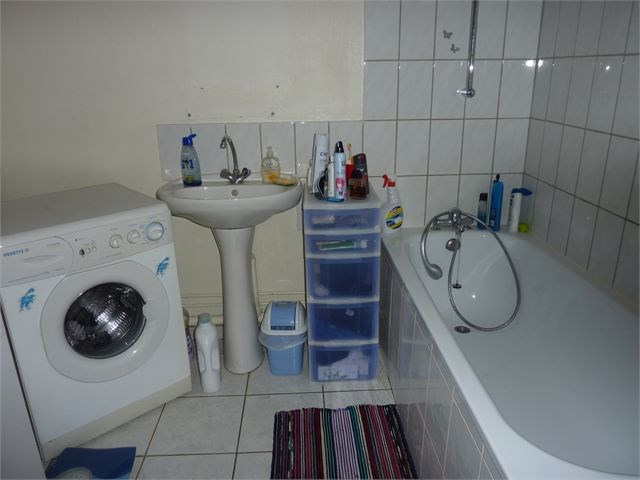 Location appartement Toul 380€ CC - Photo 2