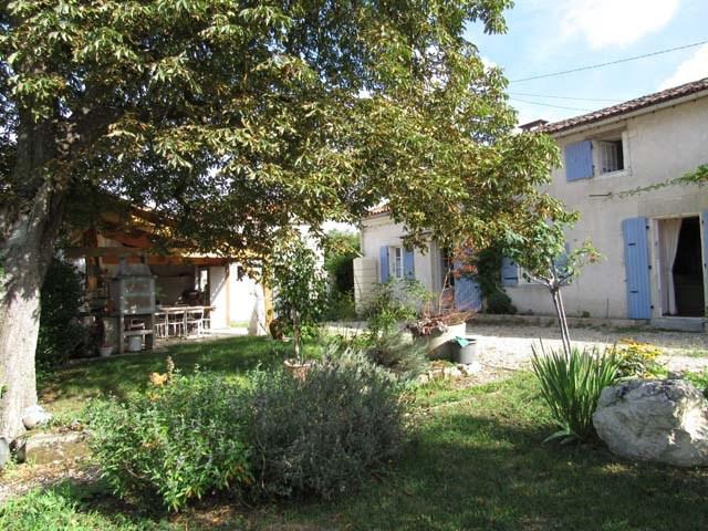 Vente maison / villa Tonnay boutonne 169600€ - Photo 2