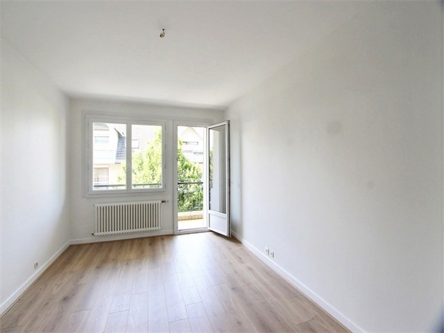 Rental apartment Annecy 827€ CC - Picture 2