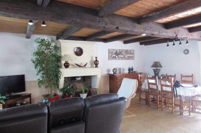 Vente maison / villa Archingeay 148 500€ - Photo 6