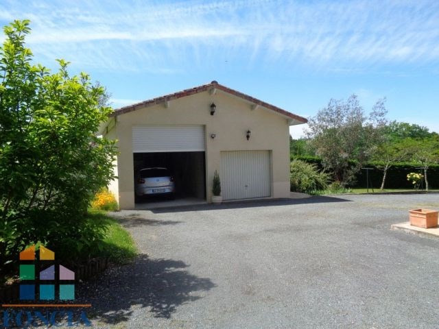 Sale house / villa Les lèches 275 000€ - Picture 3