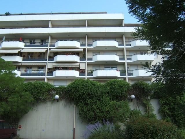 Location appartement Grenoble 630€ CC - Photo 1