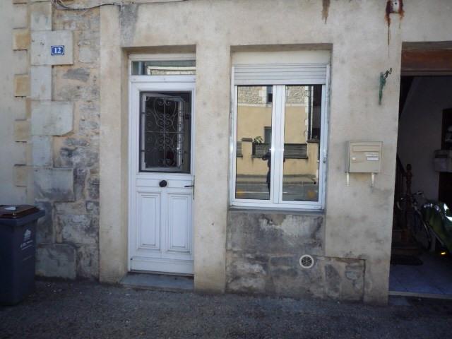 Rental apartment Le lardin st lazare 490€ CC - Picture 1