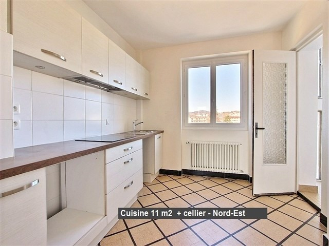 Rental apartment Annecy 851€ CC - Picture 3