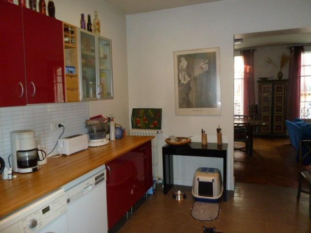 Sale apartment Paris 10ème 930000€ - Picture 4