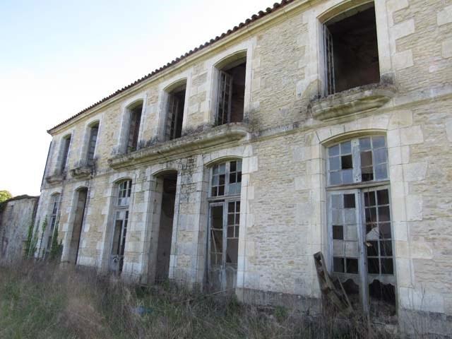 Sale house / villa Asnières-la-giraud 284800€ - Picture 3