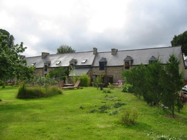 Sale house / villa Pledeliac 488800€ - Picture 1