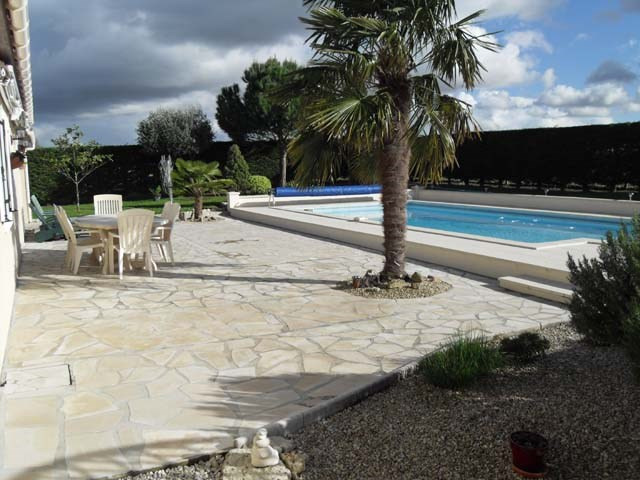 Vente maison / villa Bercloux 224 700€ - Photo 2
