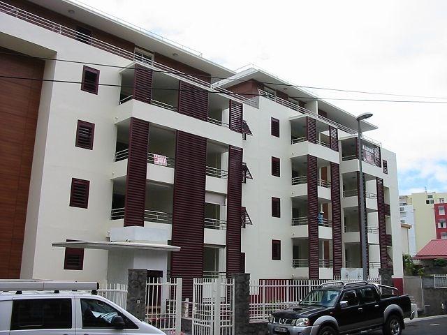 Location appartement Ste clotilde 720€ CC - Photo 8