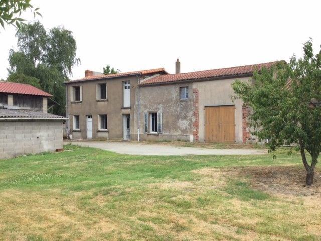 Sale house / villa Les brouzils 198900€ - Picture 1
