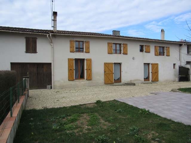 Sale house / villa Saint-jean-d'angély 150600€ - Picture 1