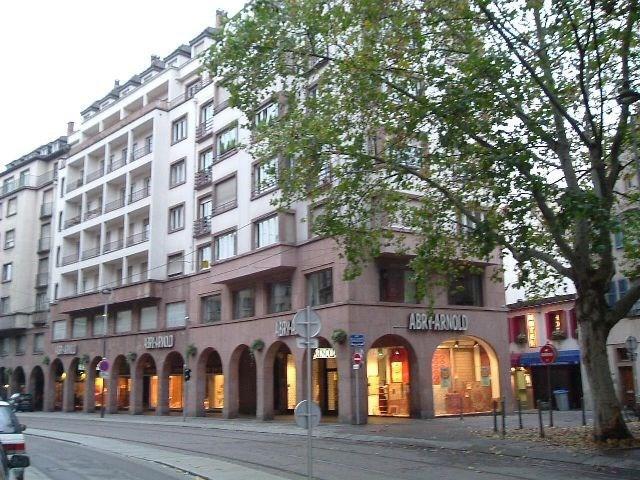 Location appartement Strasbourg 1170€ CC - Photo 1