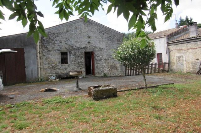 Vente maison / villa Saint-savinien 127500€ - Photo 2