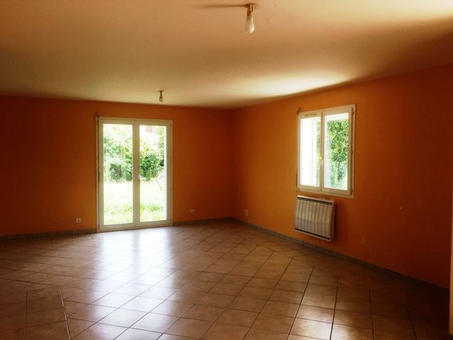 Location maison / villa Asson 750€ CC - Photo 4