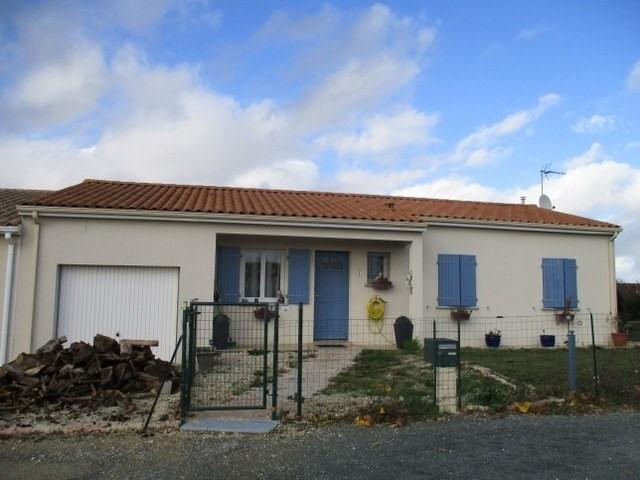 Sale house / villa Saint-jean-d'angély 157900€ - Picture 2