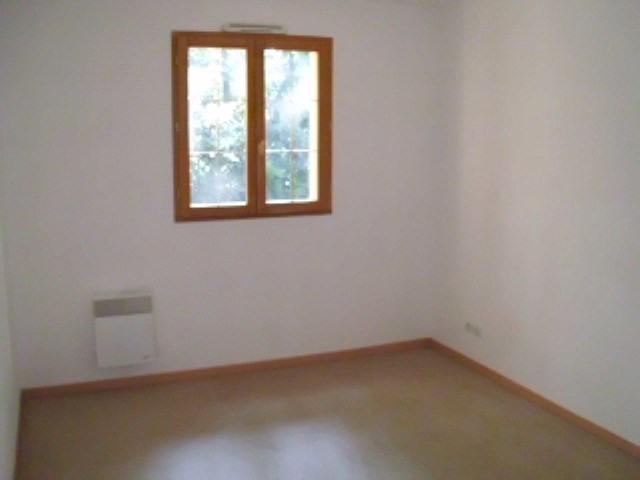 Rental house / villa Maurepas 1411€ CC - Picture 4