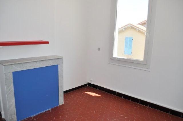 Rental house / villa Marseille 16ème 830€ CC - Picture 5