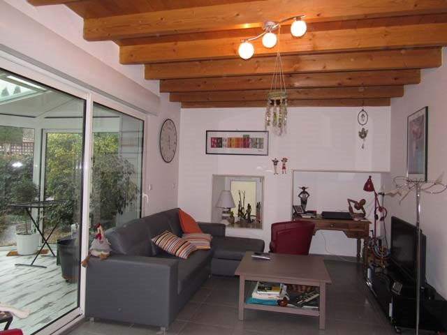 Sale house / villa Saint-jean-d'angély 174900€ - Picture 4