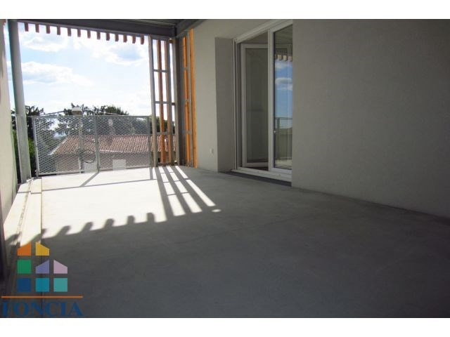 Location appartement Mions 802€ CC - Photo 4