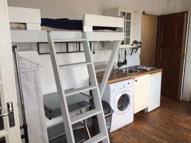 Location appartement Paris 18ème 695€ CC - Photo 8