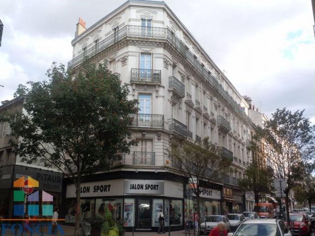 Location appartement Saint-étienne 388€ CC - Photo 1