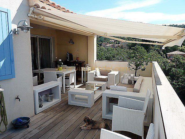 Vendita nell' vitalizio di vita appartamento Rayol-canadel-sur-mer 283000€ - Fotografia 9