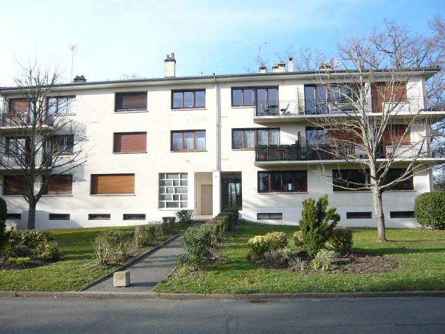 Sale apartment Etiolles 249 000€ - Picture 1