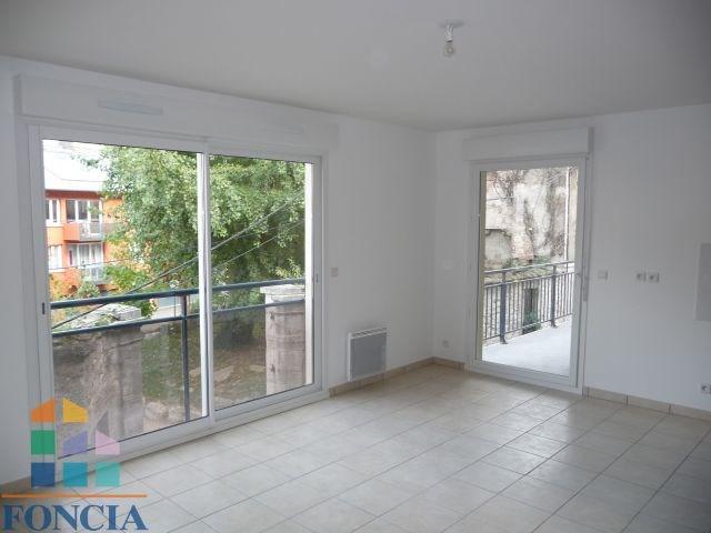 Verhuren  appartement Chambéry 500€ CC - Foto 1