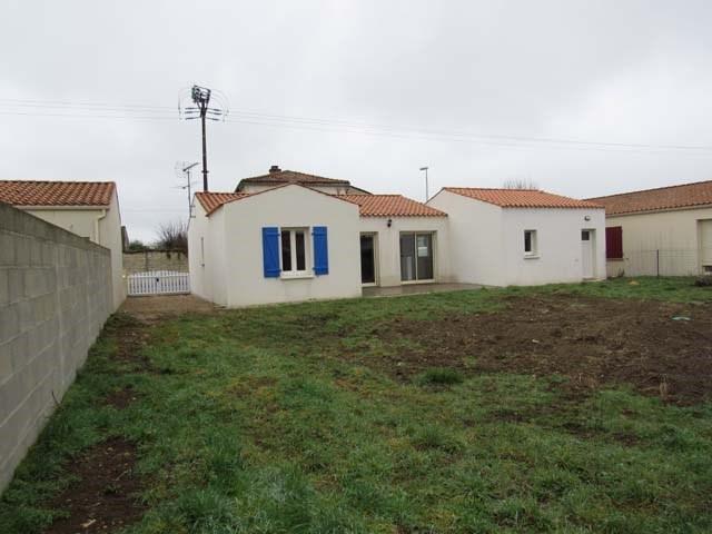 Vente maison / villa Villeneuve-la-comtesse 143700€ - Photo 2