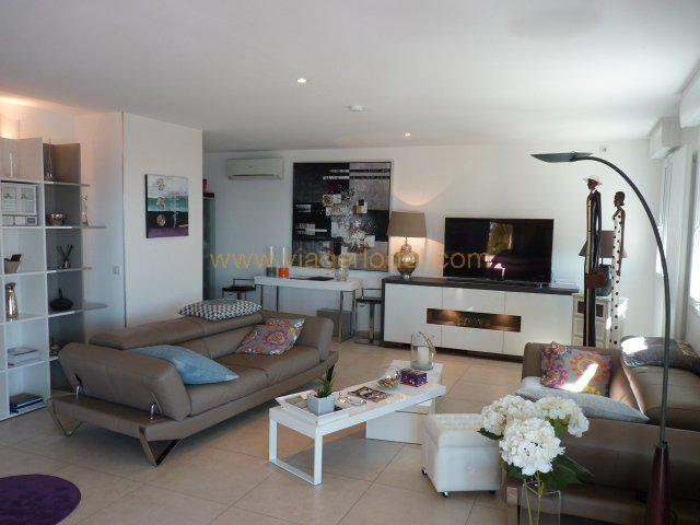 Vendita nell' vitalizio di vita appartamento Rayol-canadel-sur-mer 283000€ - Fotografia 3