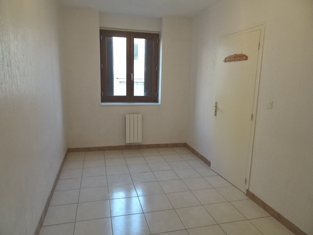 Location appartement Villefranche sur saone 436€ CC - Photo 2