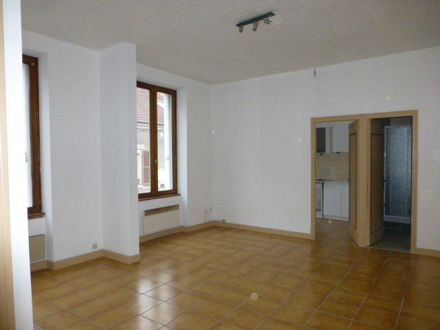 Rental apartment Bonnières-sur-seine 530€ CC - Picture 2