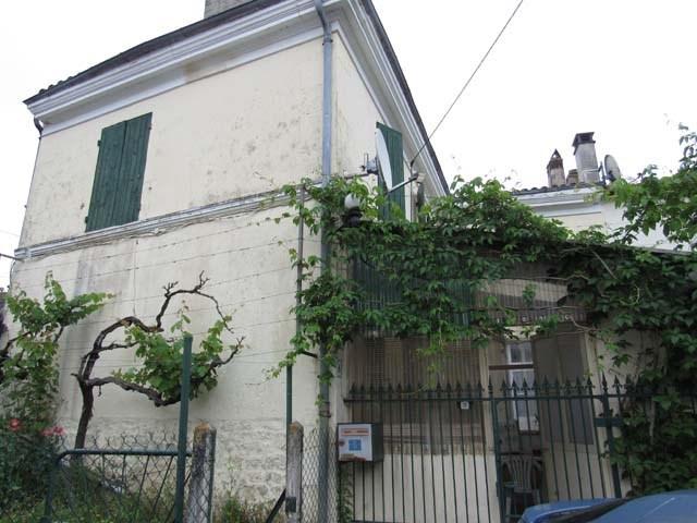 Sale house / villa Saint-jean-d'angély 96000€ - Picture 1