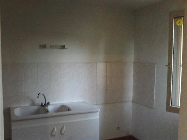 Location appartement Miribel 471€ CC - Photo 1
