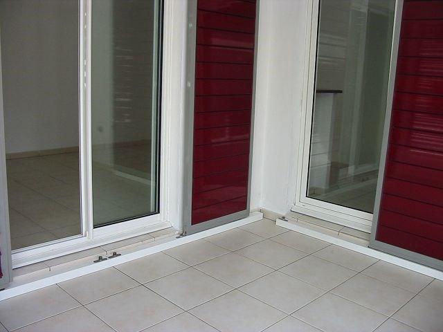Location appartement St denis 730€ CC - Photo 7