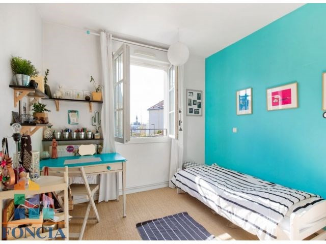 Deluxe sale apartment Suresnes 1 090 000€ - Picture 8