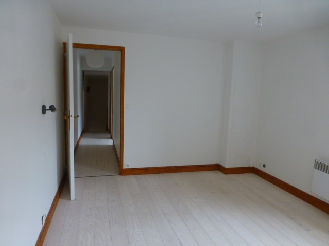 Rental house / villa Freneuse 735€ CC - Picture 15