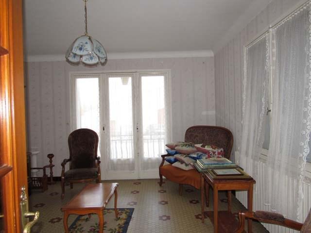 Sale house / villa Saint-jean-d'angély 132750€ - Picture 5